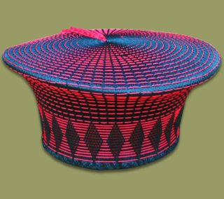 zulu-hat-red-black